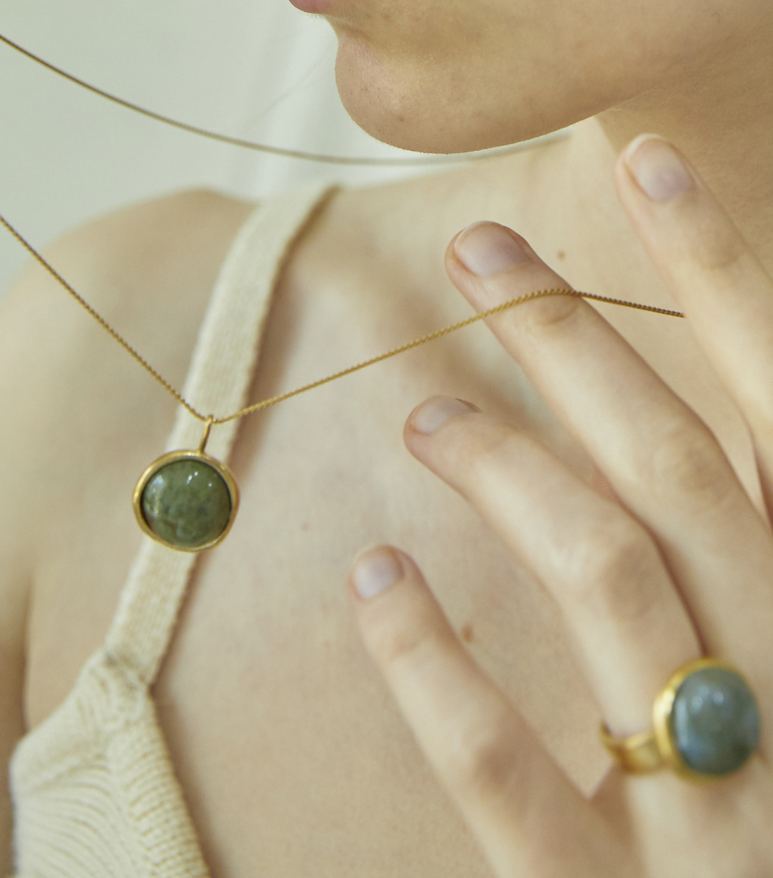 BOUNDLESS NECKLACE_GOLD